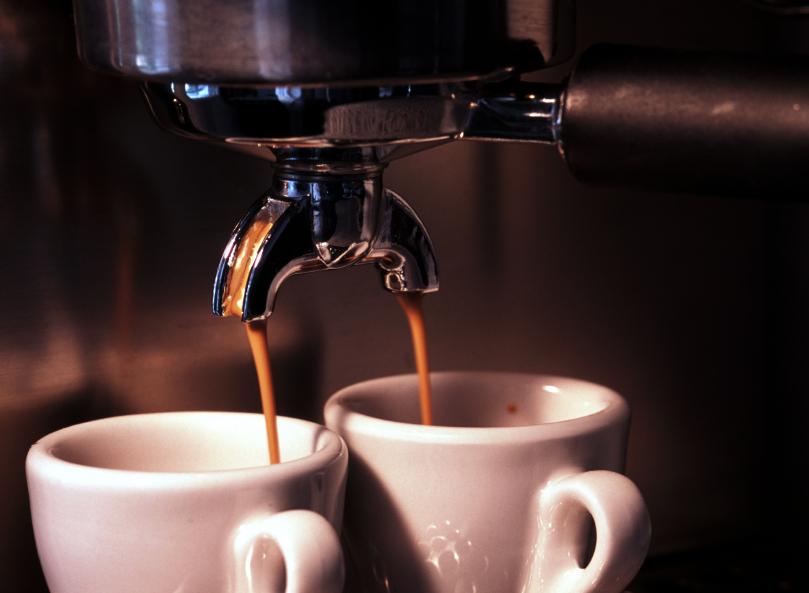 https://www.caffesulweb.it/wp-content/uploads/2015/03/caff%C3%A8-espresso.jpg