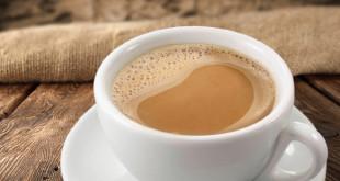 Caffellatte bevanda al latte e caffe