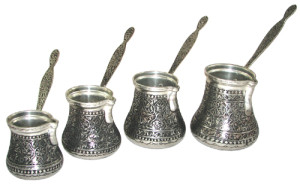 Il cevze, pentolino per preparare il caffè alla turca