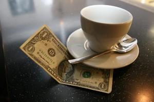 Caffè al bar con mancia